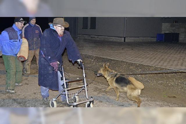 Nachtübung als Anziehungspunkt für Hundefreunde
