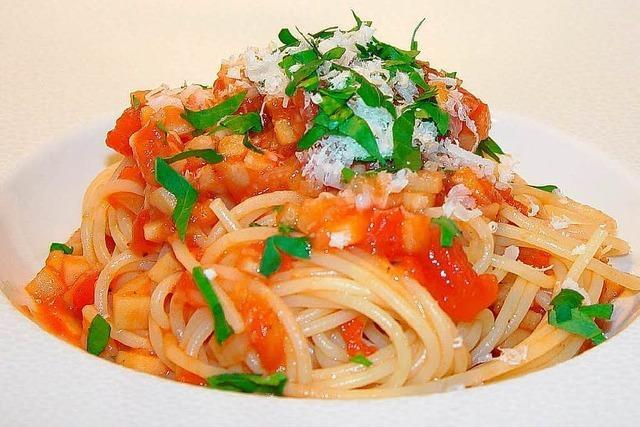 Vegetarische Alternative: Gemüse-Bolognese mit Pastinaken