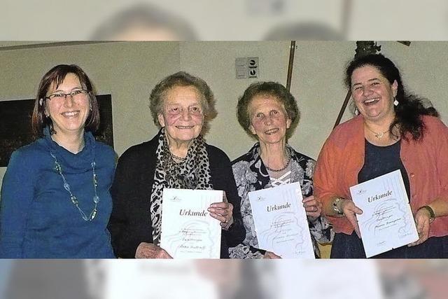 Neue Ehrenmitglieder bei Landfrauen