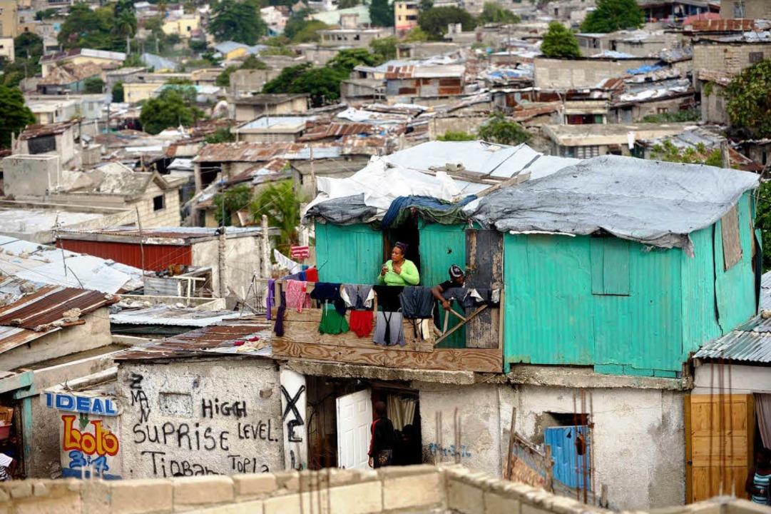 Sollte nach dem Erdbeben eine Mustersi...rtel Front National in Port-au-Prince.    Foto: Florian Knopp