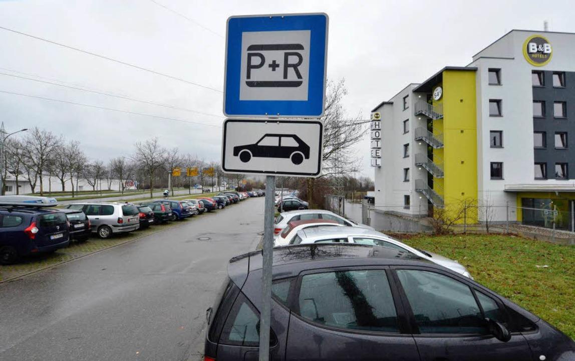 Meistens voll: der Park-and-Ride-Platz Munzinger Straße     Foto: Michael Bamberger