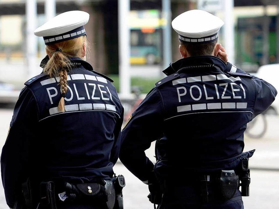 Die Polizei hat alles unter Kontrolle.  | Foto: Ingo Schneider