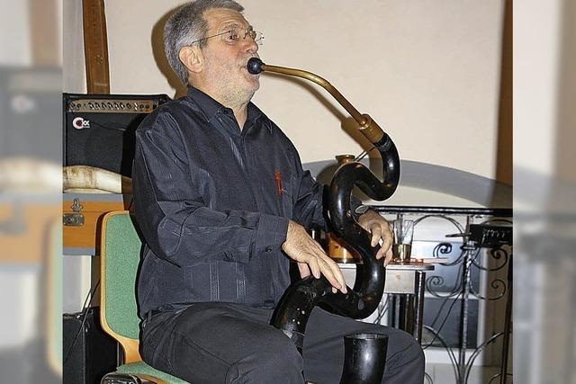 Mit Serpent und Schlauchofon