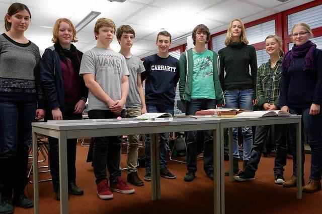 Lahrer Schüler produzieren einen Lahr-Bildband