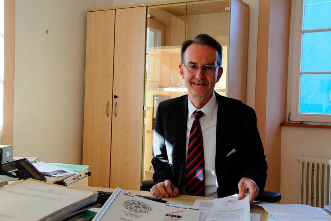 Das Büro leert sich: Ekkehart Meroth v...et sich aus dem Bad Krozinger Rathaus.  | Foto: BZ