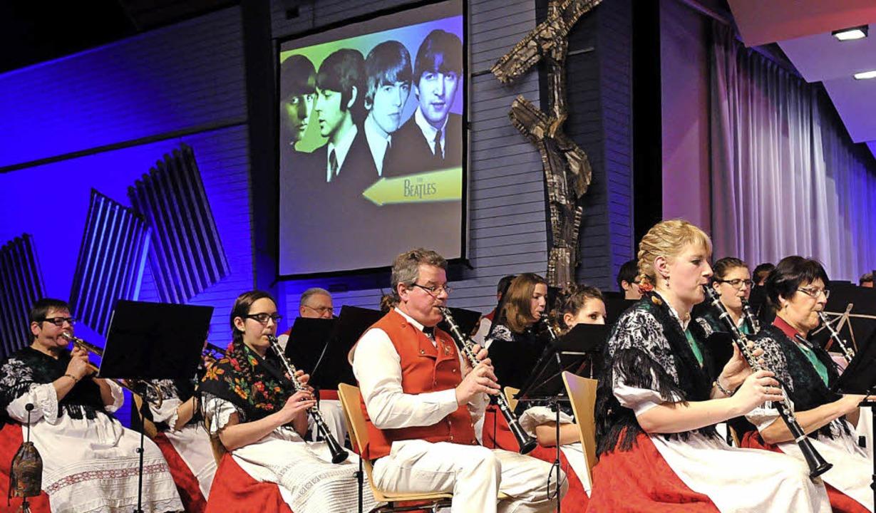 Keine Scheu vor berühmten Köpfen: die ...pelle Altenheim spielte auch Beatles.   | Foto: Wolfgang Künstle