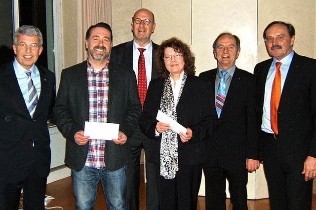 Rotary Clubs machen 5000 Euro locker