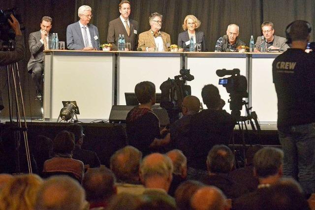Harte Debatte ums Stadion – Gutachter im Kreuzverhör