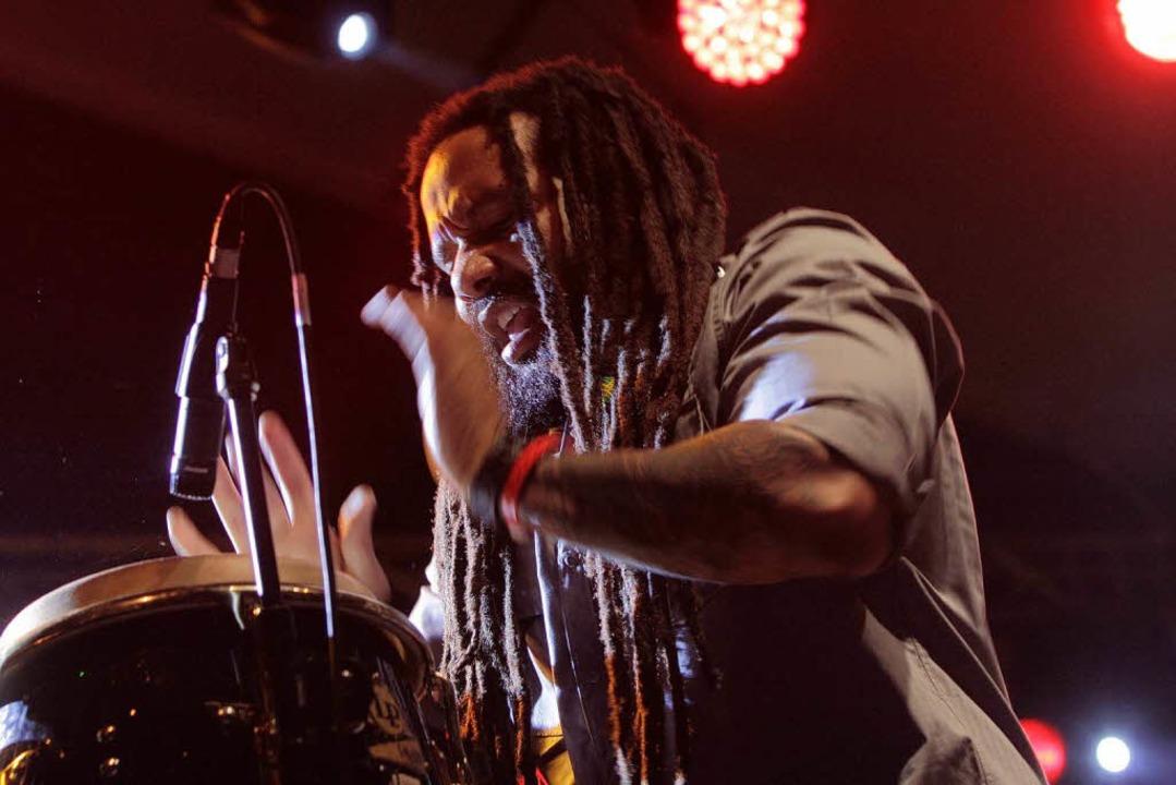 Für manche Musik, für andere Lärm: die...8211; zum Beispiel mit Ky-Mani Marley.  | Foto: Patrik Müller