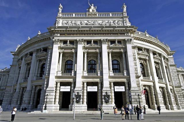 Das Wiener Burgtheater streitet um sein Defizit
