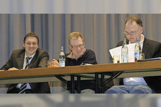 Ralf Brombacher wirbt für Relegationsspiele