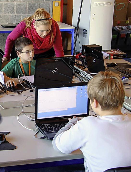 Web-AG im BiZ.   | Foto:  FlORIAN HERTLEIN