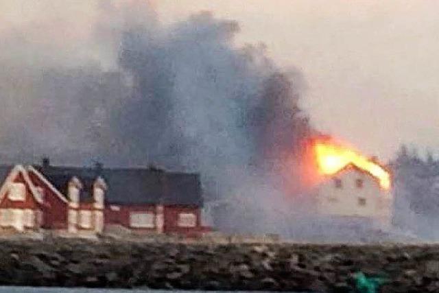 Großbrand in Norwegen zerstört mehr als 100 Gebäude