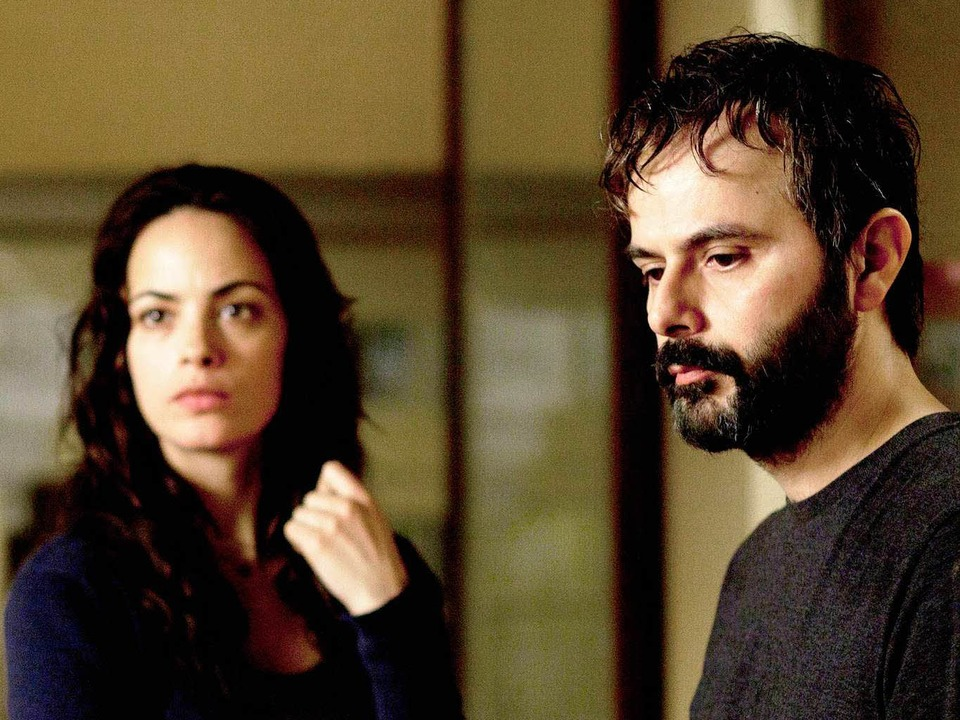 Ein Scheidungspapier macht noch keinen Neuanfang:  Bérénice Bejo, Ali Mosaffa   | Foto: camino