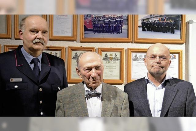 Herbert Pozwa spendet der Gemeinde Hartheim 100 000 Euro