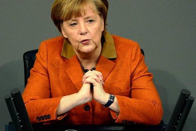 Angela Merkel trägt ihre Regierungserklärung vor
