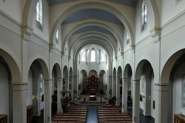 Diebe brechen mit dem Vorschlaghammer in die Pfarrkirche St. Georg ein
