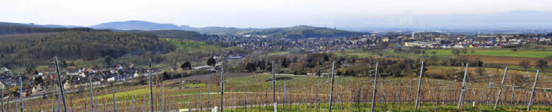 Der Grünzug zwischen Müllheim (rechts)...r fotografiert, wird schmaler werden.     Foto: Volker Münch