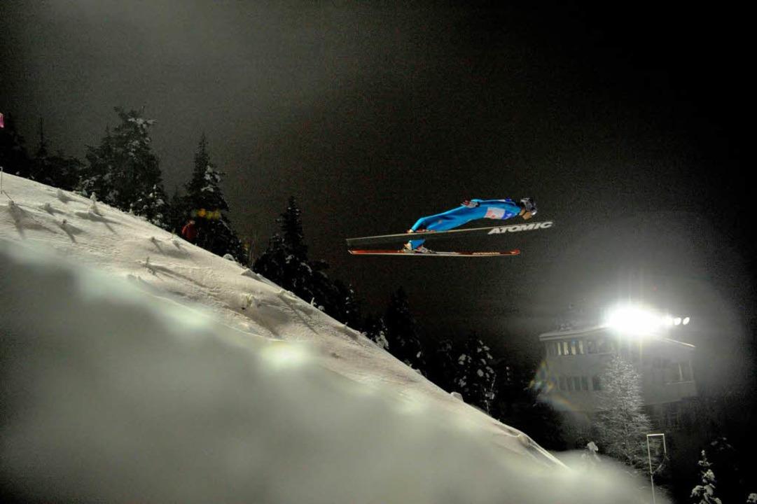 Martin Schmitt macht den Abflug &#8211...itt vom aktiven Leistungssport zurück.  | Foto: AFP
