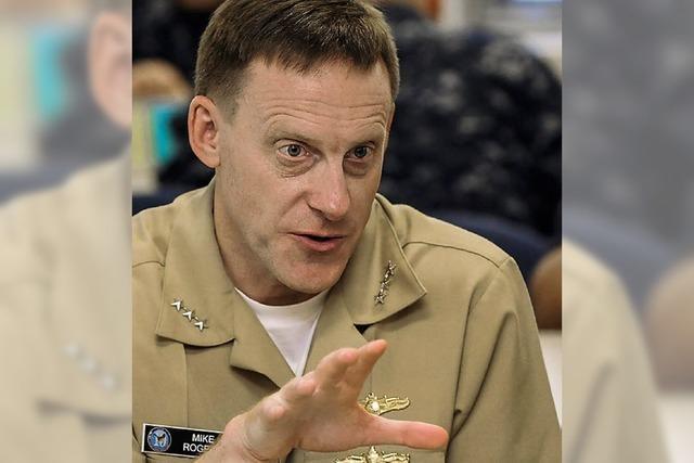 Ein Admiral bezieht Horchposten