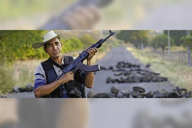 Mexikanische Regierung legalisiert paramilitärische Selbstverteidigungsgruppen