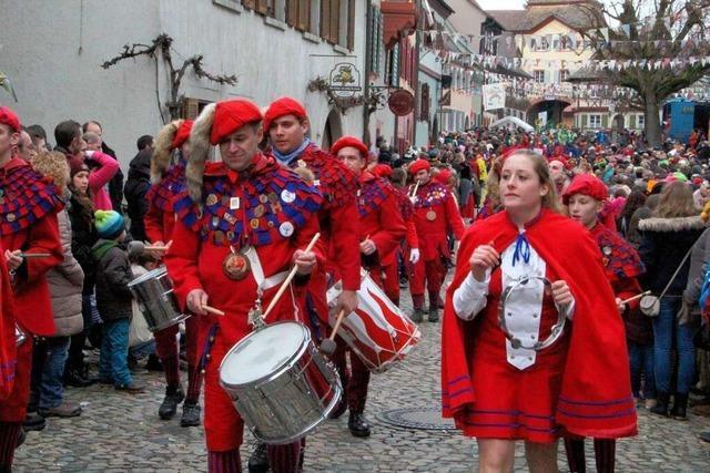 Fotos: Großer Jubiläumsumzug und Festbankett in Burkheim
