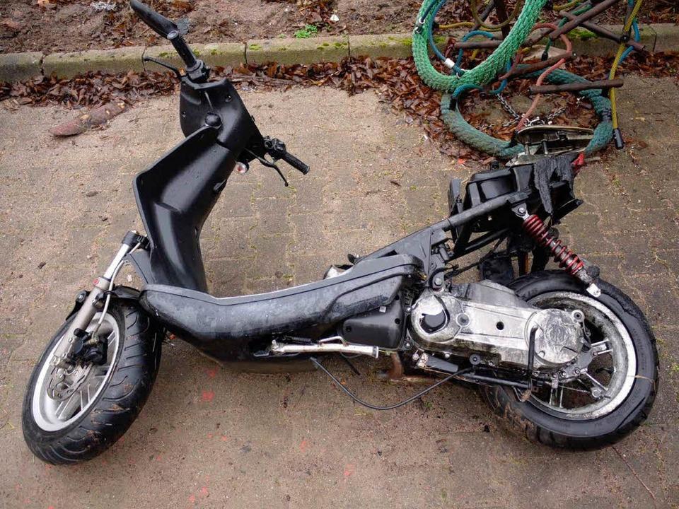 Gestohlen und zerlegt: einer der Rolle...ge Diebesbande in Kehl gestohlen hat.   | Foto: polizei