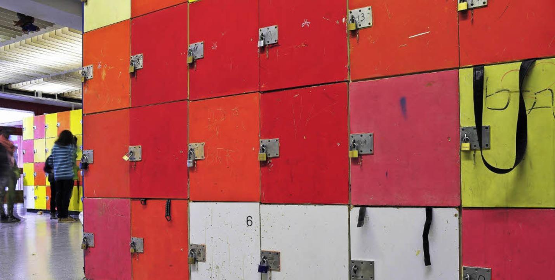 Die alten Holzspinde in der Staudinger... sehen nicht ein, die neuen zu mieten.  | Foto: Thomas Kunz