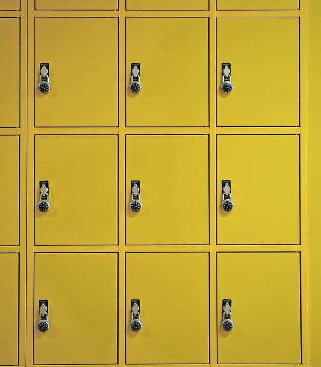 Schöne neue Schließfachwelt: Die Wentz...t Mietspinde –   wie 20 Schulen.  | Foto: Thomas Kunz
