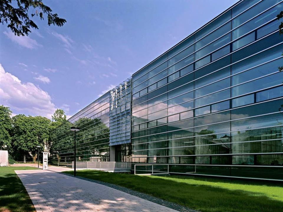 Das Freiburger Zentrum für Biosystemanalyse von Hascher Jehle Architektur   | Foto: ingeborg f. lehmann