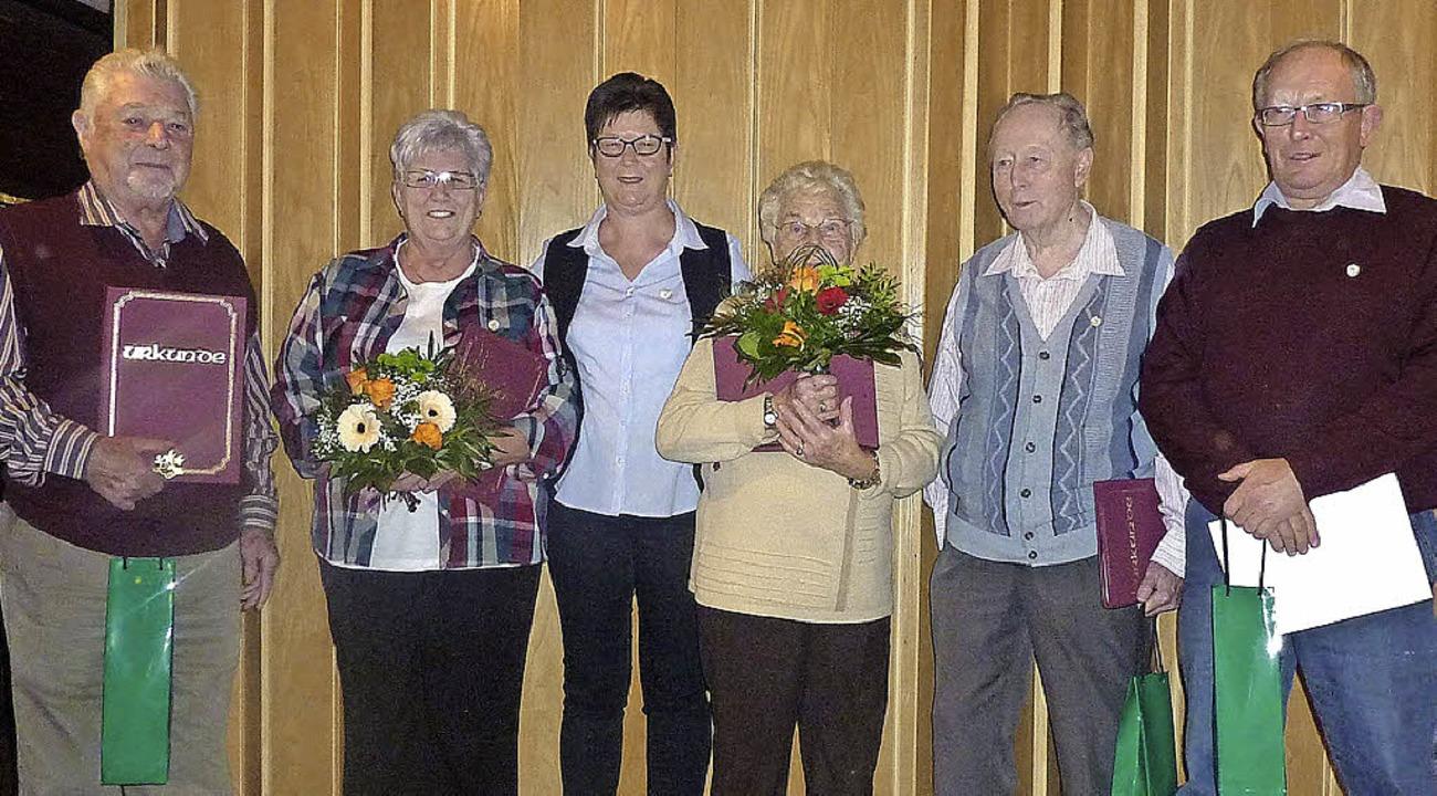 Langjährige Mitglieder wurden bei den Naturfreunden geehrt.     Foto: Verein