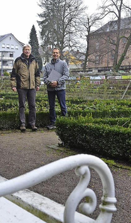 Hans-Martin Einstein (links), Thomas B...ein Stadtmitte einen Freundeskreis der  | Foto: Burgmaier Ralf