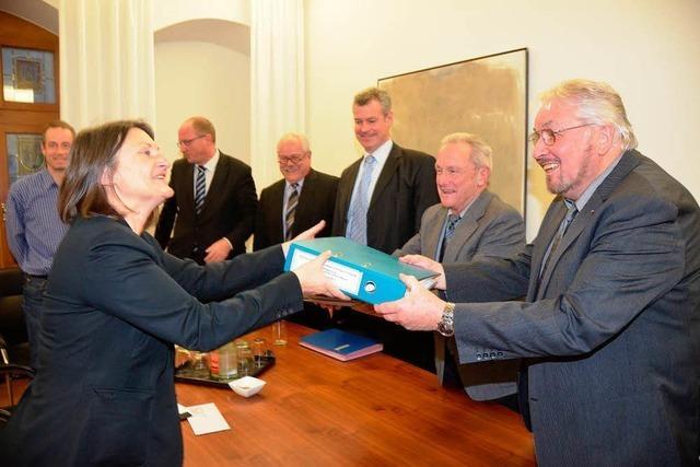 3000 Unterschriften gegen ökologische Flutungen