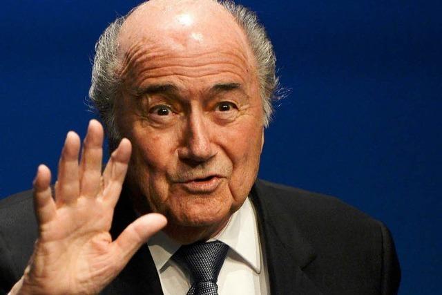 Blatter will FIFA-Präsident bleiben – und lässt sich bitten