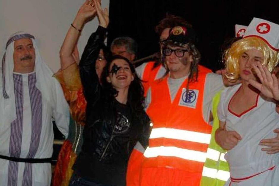 Kunterbunt ging es zu im Binzger Schulhaus, wie die Fotos von Melanie Dramac zeigen.