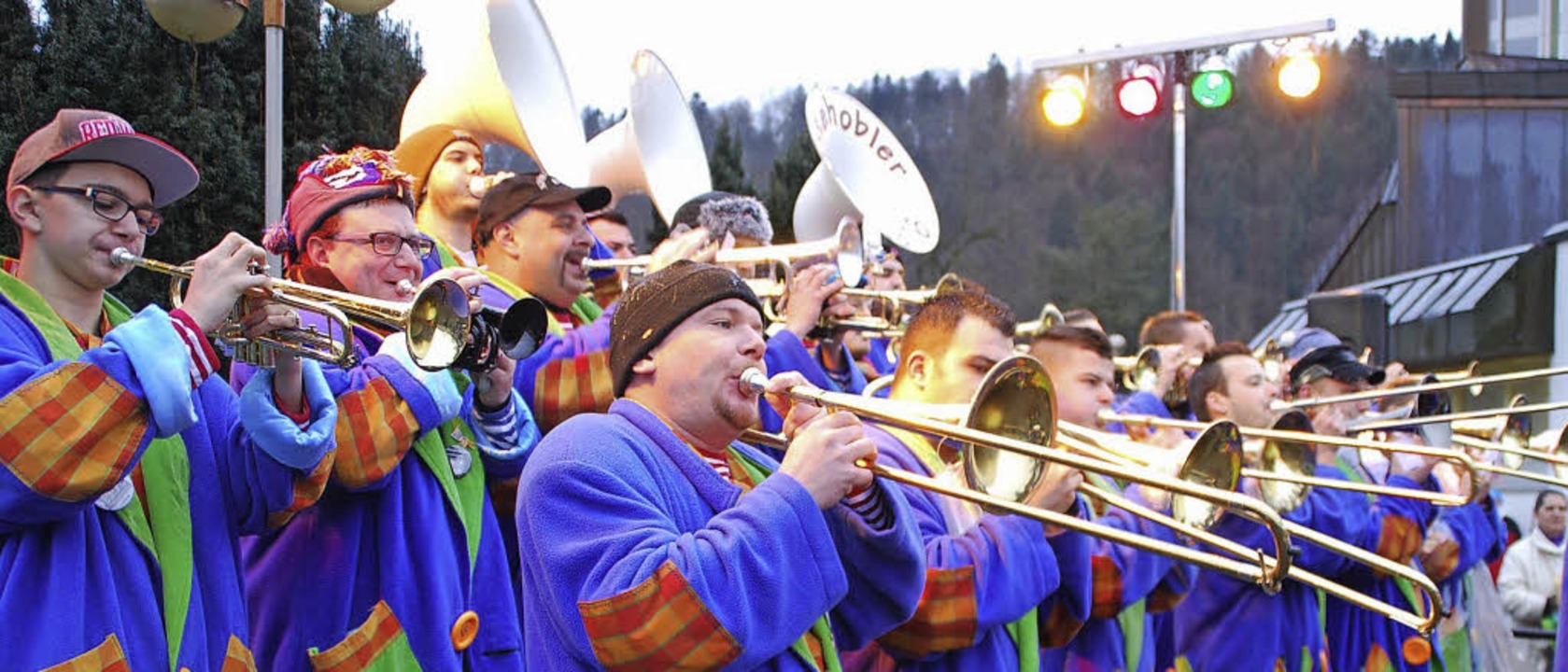 """14 Guggemusiken sorgten bei """"Gug...ie """"Notehobler"""" aus Weil.     Foto: Steinfelder"""