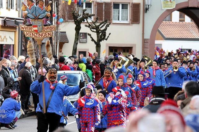 Massen, Masken und Musikanten