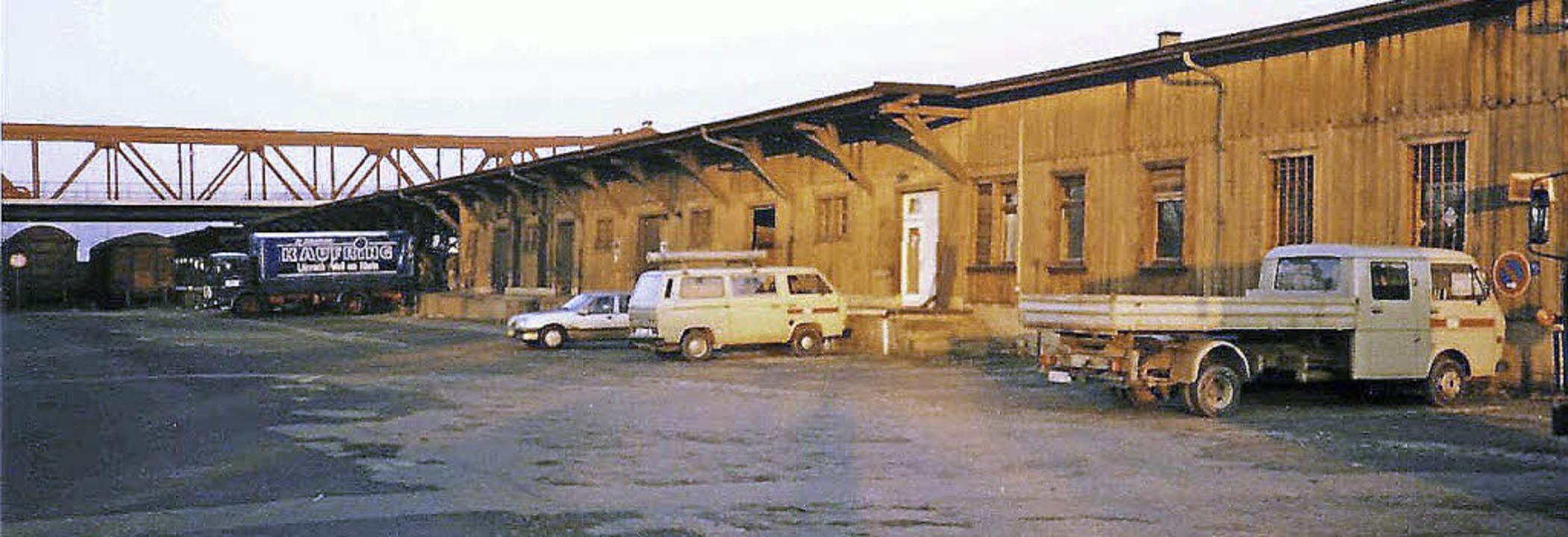 Ein Blick auf die Güterabfertigung im Rangierbahnhof im Jahr 1989   | Foto: Utke