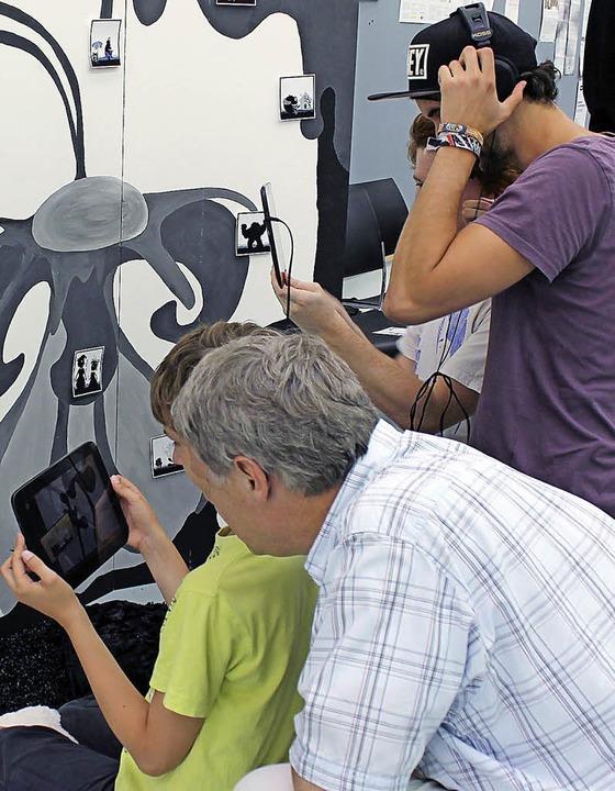 Ausprobieren ist erlaubt – wie h...phones und Tablets zum Einsatz kamen.   | Foto: Hochschule offenburg