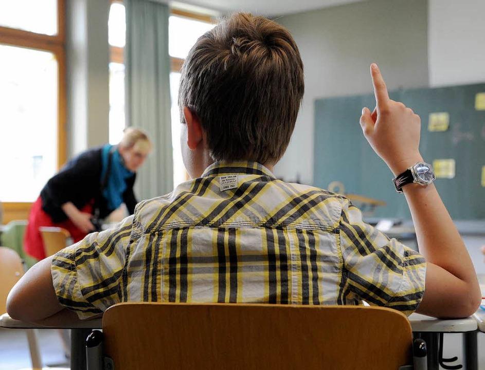 Wie kann man mit der Zeitung Unterricht gestalten?    Foto: dpa