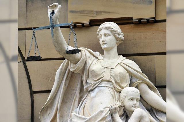 Zu langsam? Freiburger Richter prozessiert gegen Rüge seiner Chefin