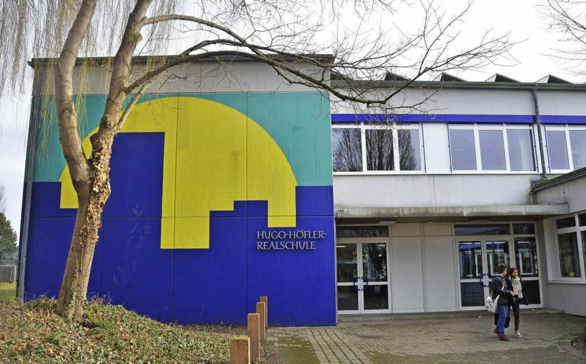 Die Hugo-Höfler-Realschule kann voraus...der mit vielen Fünftklässlern rechnen.  | Foto: rita reiser