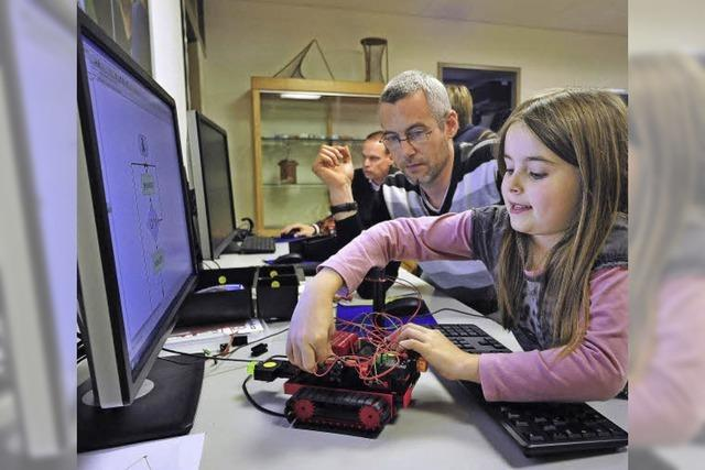 Eltern-Kind-Workshop zur Robotik bei den Uni-Mathematikern