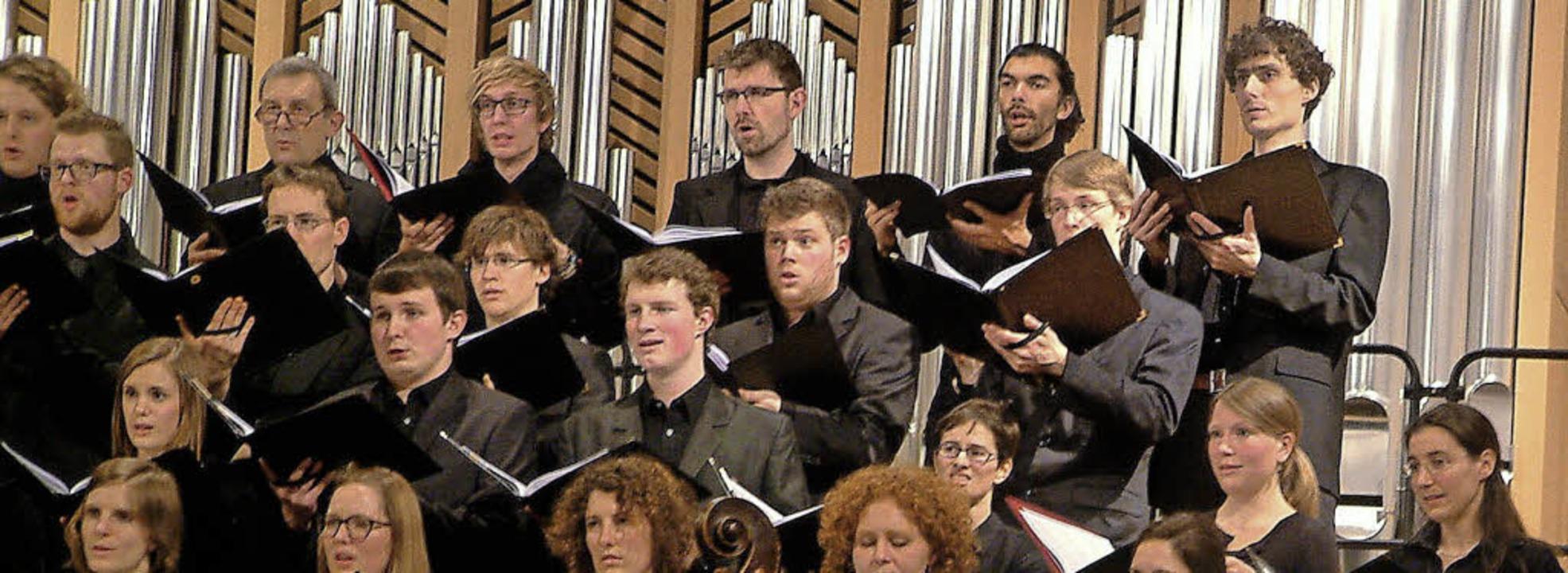 Die Evangelische Studentenkantorei Freiburg in Schopfheim   | Foto: Roswitha Frey