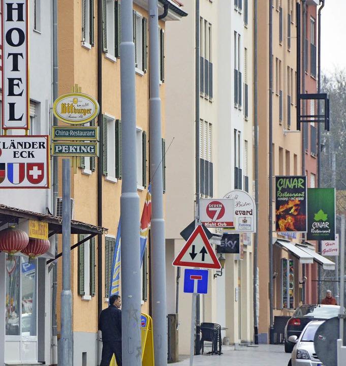 Johannes Foege wirbt für einen Ortschaftsrat im Stadtteil   Friedlingen.     | Foto: LAUBER/FILLISCH