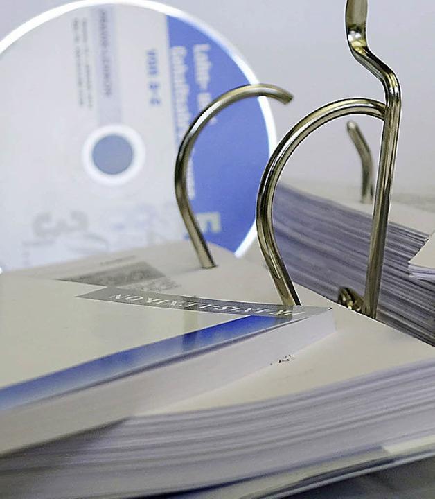 Papier war gestern, selbst die CD-ROM ist nicht der letzte Schrei<ppp></ppp>  | Foto: Regula Wolf