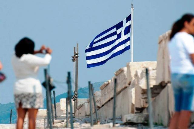Griechen schreiben schwarze Zahlen