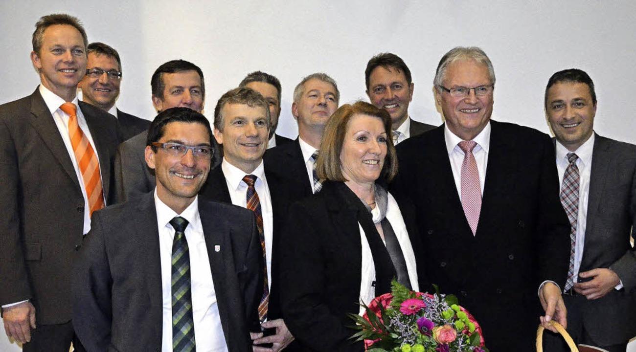 Auch die Bürgermeisterkollegen gaben Norbert Brugger die Ehre.  | Foto: Martin Wunderle