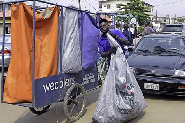 BADISCHE-ZEITUNG.DE: Wecycler In Nigeria