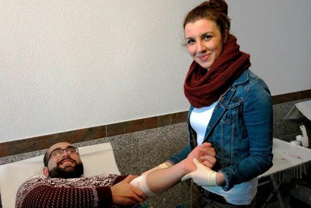 Premiere: Blutspenden in Emmendinger Moschee